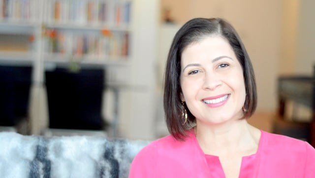Discover Your Million Dollar Mindset with Entrepreneur + Scaling Coach Julia Pimsleur